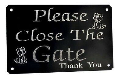 Please Close The Gate Engraved Sign, Plaque Plate.  Dog 5  X 3   Black Metal  • 5.99£