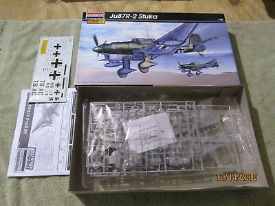 $39.99 • Buy Monogram Pro Modeler 1/48 Scale Ju87R-2 Stuka Model Kit 85-5975