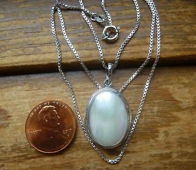 $26 • Buy Sterling Silver 18 X 12mm Mabe' Mother Of Pearl Necklace 20  Box Chain Black Box