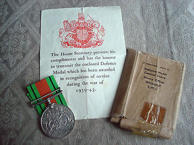 WWII Original Defence Medal With Ribbon, Box And Certificate • 45£