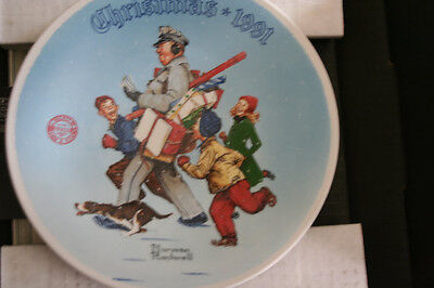 $ CDN13.09 • Buy 1991 Norman Rockwell  Santa's Helper  Collector Plate