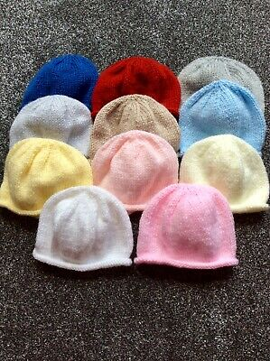 New Baby Hand Knitted Newborn Hat • 2.50£