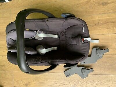 Maxi Cosi Pebble Car Seat With Adapter • 20£
