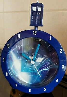 BBC Dr Who Tardis Topper Anologue Alarm Clock With Tardis Sounds - VGC • 18.99£