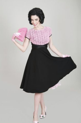 Bettie Page Soft Roses Dress Pink/Black • 44.99£