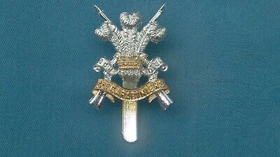 Staybright/Anodised.The 3rd Dragoon Guards ( Carabiniers ) Cap Badge. • 10£