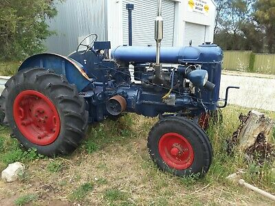 AU2500 • Buy Fordson Tractor  E27n Ca1950 In Nearly Restored Condition