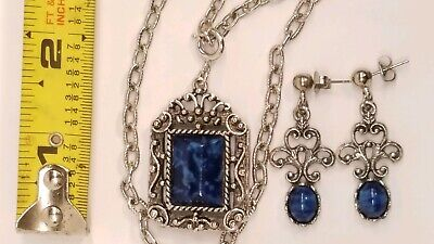 $19.50 • Buy VGT SARAH COVENTRY 1973  ROMAN HOLIDAY  Long CHAIN BLUE PENDANT Earring Demi Lot