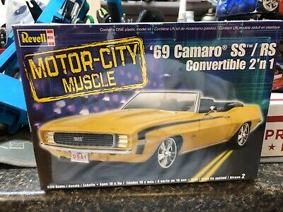 $20 • Buy REVELL 85-2147 1969 CHEVY CAMARO CONVERTIBLE SS/RS  Motor City Muscle