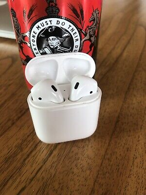 AU82 • Buy Apple AirPods 1st Generation