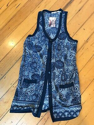 AU11.50 • Buy Kimchi Blue (Urban Outfitters) Cardigan Navy Floral Print Size M New With Tags