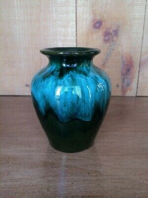 $ CDN6.95 • Buy Blue Mountain Pottery Canada 'BMP' Small Vase ~ MCM 1950's - 60's
