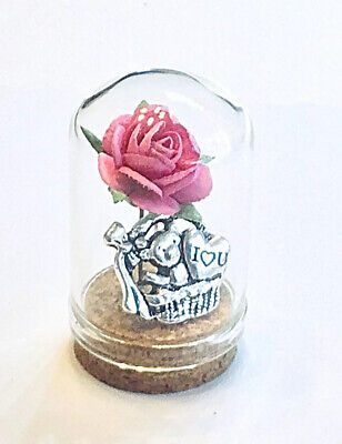 'I LOVE YOU'. A  MINIATURE (3.5cm) GLASS DOME  GIFT. MUM, BIRTHDAY,MOTHERS DAY • 3.75£