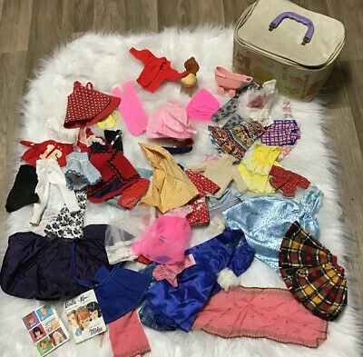 $ CDN27.52 • Buy Vintage Barbie Lot Clothes Case And Magazine