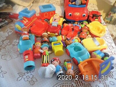 Hugebundle Of Fisher Pice Little People And Vehicles, Used But Great Condition • 2.40£