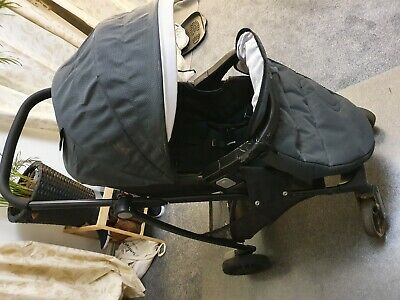 Graco Travel System With Car Seat And Universal Rain Cover • 5£
