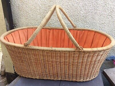 £50.99 • Buy Vintage Weaved Bamboo/rattan/wicker Moses Basket/crib/cot With Handles & Matress