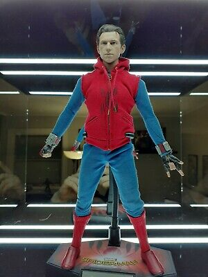 $290 • Buy Hot Toys Spider-Man: Far From Home - Spider-Man (Homemade Suit Version) 1/6th...