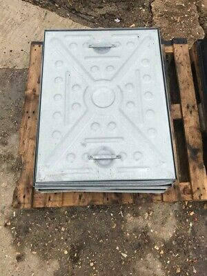 GALVANISED STEEL MANHOLE COVER AND FRAME 600MM X 450MM Pedestrian Weight. NEW. • 50£