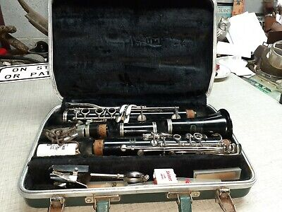 $39 • Buy BUNDY RESONITE CLARINET By THE SELMER COMPANY - MADE IN USA