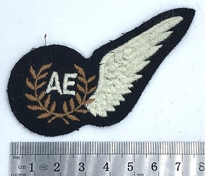 A Nice Royal Air Force RAF Air Electronics AE Brevet Qualification Badge --- B17 • 7£