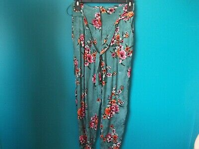 River Island Wide Leg Trousers Size 6 Floral Trousers • 12.99£