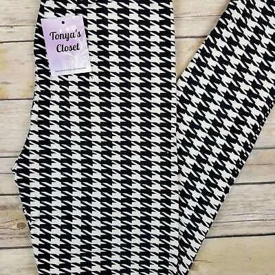 $14.95 • Buy Black And White Houndstooth Leggings Butter Soft ONE SIZE OS