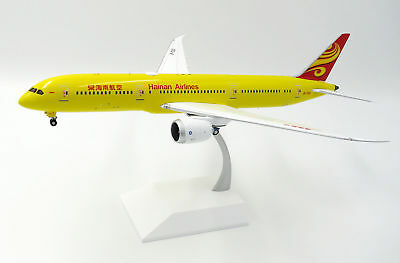 AU159.95 • Buy JC Wings 1:200 Hainan Airlines Boeing B787-900 Dreamliner 'All Yellow' B-7302