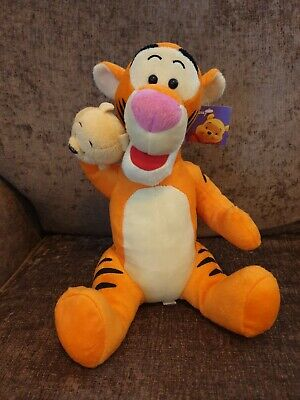 Disney Tigger With Winnie The Pooh Hand Puppet Soft Toy Plush 12  With Tags  • 9.99£