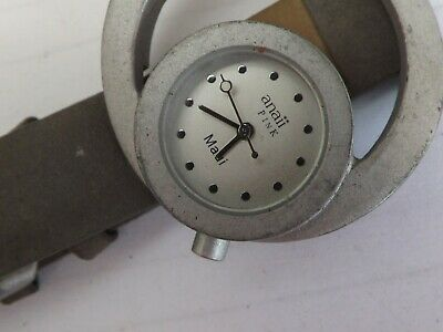 A Vintage Ladies Anaii Pink Quartz Watch GWO • 12£