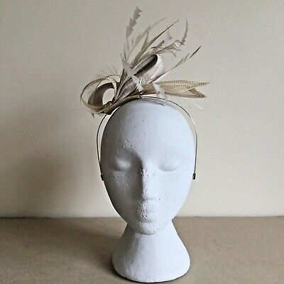 Cream &  Neutral Fascinator With Bow & Feather Wedding Ascot, Society  • 2.95£