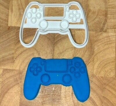 Game Controller Cookie Cutter 4.5  Large Biscuit Fondant Pastry Gaming Man Gift • 5.50£