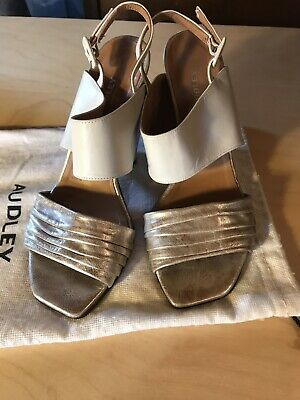 Audley White And Metallic  Leather Cone Heel Court Shoes 39 Narrow • 3.60£