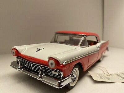 $45 • Buy Franklin Mint 1957 Ford Fairlane 500 Skyliner Diecast 1:24 Scale Retractable Top