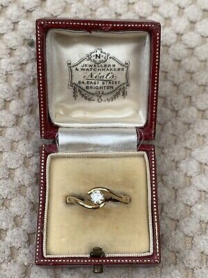 Antique Style Vintage 18ct Gold Diamond Solitaire Ring  • 185£