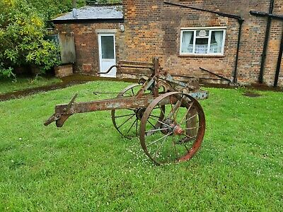 Antique Farm Machinery/ Garden Ornament • 825£