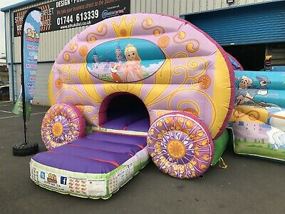 Princess Bouncy Castle And Slide Combo • 995£