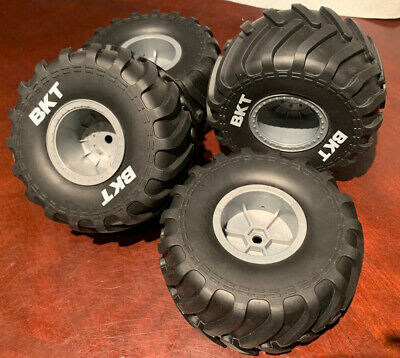 $69.95 • Buy Axial SMT10 Gray Wheels And BKT Tires Grave Digger 12mm 2.2