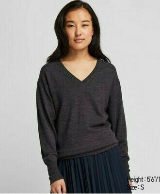 AU15.95 • Buy Uniqlo  Women's Extra Fine Merino Relaxed Fit V-neck Sweater Grey Size Small