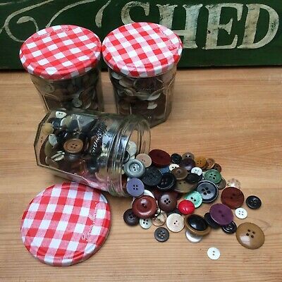 2 BoNNe MaMaN JaM JaRs Of ViNtAgE BuTToNs~iDeaL FoR CrAfTs~SeWiNg & HaBeRdAsHeRy • 9.99£