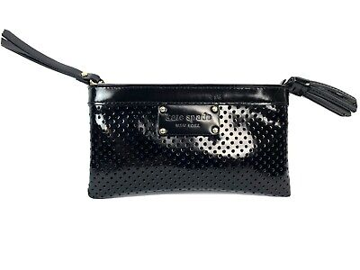 $ CDN35 • Buy Kate Spade Perforated Black Patent Leather Wristlet