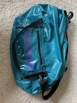 View Details Patagonia Lightweight Black Hole Duffle Bag 30L TRUE TEAL • 50.00$