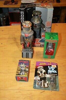 $ CDN39.33 • Buy LOST IN SPACE THE CLASSIC SERIES ROBOT B-9 LOT 5 Pieces