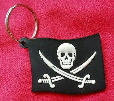 Pirate Keyring - Skull And Crossbones • 2£