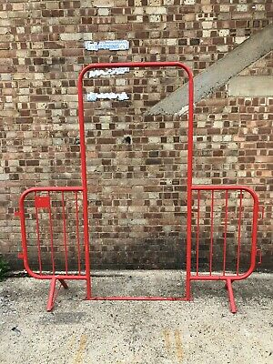 Used Walkthrough Site Crowd Safety Pedestrian Fencing Barriers Shops Building • 50£