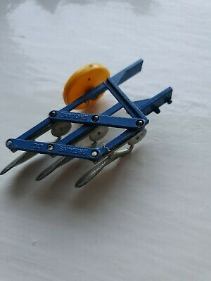 Britains - Scarce Early 3 Furrow Plough With Yellow Wheel, Excellent Condition  • 13.99£