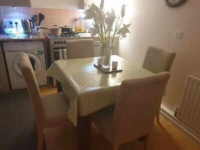 Extending Dining Table And 4 Chairs • 109£