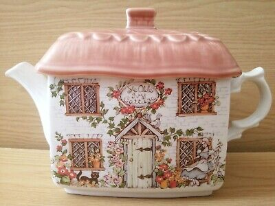 Ye Old Ivy Cottage Teapot - Preowned But Well Looked After & Excellent Condition • 15£