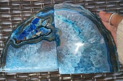 Stunning Heavy Large Blue Dyed Agate Geode Bookends Healing Crystal • 36.99£