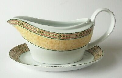 Wedgwood Florence Gravy Boat And Stand • 16£